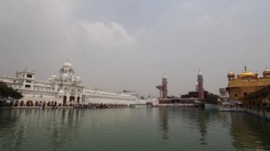 Golden Temple gurdwara panorama — Stock Video