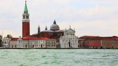 St Mark's Campanile and Basilica — Stock Video
