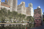 Fountain with lighted faces in Millennium park, Chicago — Stock Photo