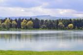 Göl manzara — Stok fotoğraf