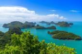 Pohled na ang thong Národní mořský park, Thajsko, seascape pozadí — Stock fotografie