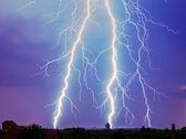 功能强大的雷电 — 图库照片