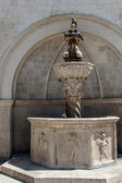 Fountain on the Square in Dubrovnik — Stock Photo