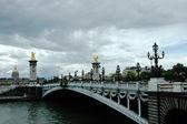 Bro av Alexander tredje i Paris — Stockfoto