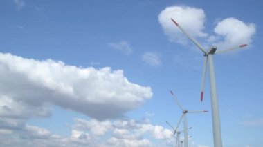Windpark generatoren — Stockvideo