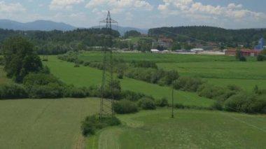 Pylônes de l'électricité — Vidéo