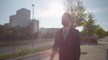 Businessman walking — Stock Video
