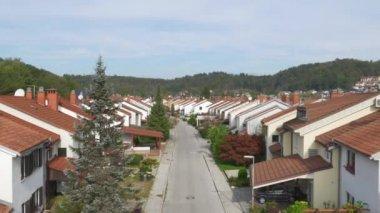 Suburban row houses — Stock Video