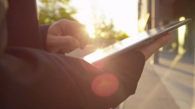 Businessman working on digital tablet — Stock Video