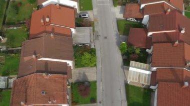 Suburban street — Stock Video