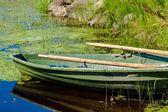 Alte hölzerne Ruderboot Angeln — Stockfoto