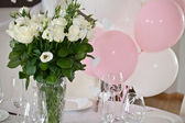 Table decor with flowers table — Stockfoto