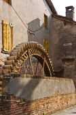 The wheel of the watermill — Foto Stock