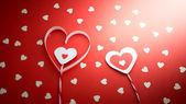 Corações brancas sobre fundo vermelho — Fotografia Stock