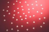 白色的心在红色背景 — 图库照片
