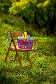 Basket with linen — Stockfoto
