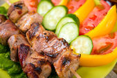 Shashlik on a plate — Stockfoto