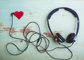 Headphones symbol Valentine — Stock Photo