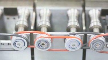 Maschine, die arbeit in fabrik — Stockvideo