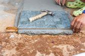 Floor tile installation for house building — Stockfoto
