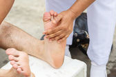 First aid for cramp injury — Stock Photo
