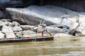Local fisherman catching fish in khong river — Stock Photo