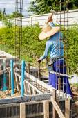 Worker working on construction site — Stock Photo