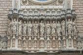 Klooster van montserrat is een benedictijnenabdij hoog in de bergen, barcelona, catalonië, spanje. — Stockfoto