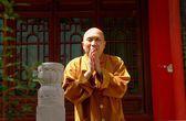 Xi'an, China: Monk at Da Xing San Temple — Stock Photo