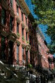 NYC: 19th Century Town Houses in Long Island City — Stock Photo