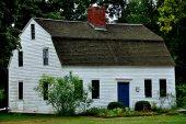 Simsbury, CT: 1795 Hendrick Cottage — Stock Photo