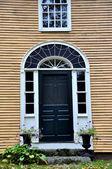 Deerfield, MA: 18th Century Colonial Home — Stock Photo
