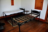 Hancock, MA: Bed in 1830 Brethren's Dwelling House at Shaker Village — Stock Photo