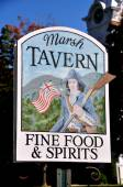 Manchester Village, VT: Equinox Hotel Tavern Sign — ストック写真
