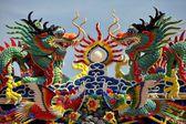 Kanchanaburi, Thailand: Kwan Hua Chinese Temple Rooftop Dragons — Stock Photo