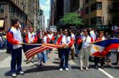 NYC: Philippines Independence Day Parade Marchers — Stock Photo