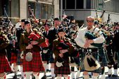NYC: Scottish Tartan Day Parade Pipers — Stock Photo