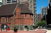 NYC: St. Francis Cabrini Church on Roosevelt Island — ストック写真