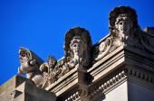 NYC: Beaux Arts Facade of Met Museum of Art — Stock Photo