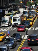 NYC: Traffic on East 42nd Street — Photo