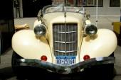 NYC:  Classic Vintage Roadster at Amstserdam Avenue Street Festival — ストック写真