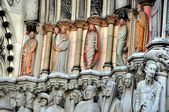 NYC:  Carved Doorway Statues at Cathedral Church of St. John the Divine — Stock Photo