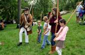 NYC: Children with Wooden Muskets at the Grange — Stock Photo