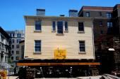 NYC:  Moving The Grange, Alexander Hamilton's Home — Stock Photo