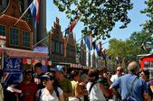 NYC: Crowds at New Amsterdam Dutch Village — Foto Stock