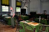 Philadelphia, PA: Independence Hall U.S. Park Ranger — Stock Photo