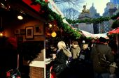 NYC: Outdoor Columbus Circle Christmas Market — Stock Photo