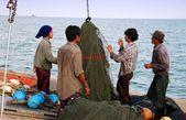Hua Hin, Thailand: Fishermen Repairing Nets — Stok fotoğraf