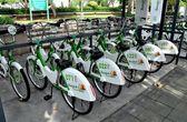 Bangkok, Thailand: Smike Rental Bikes at Docking Station — Stock Photo