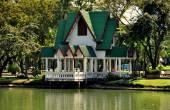 Bangkok, Thailand: Yaovarach Pavilion in Lumphini Park — Stock Photo